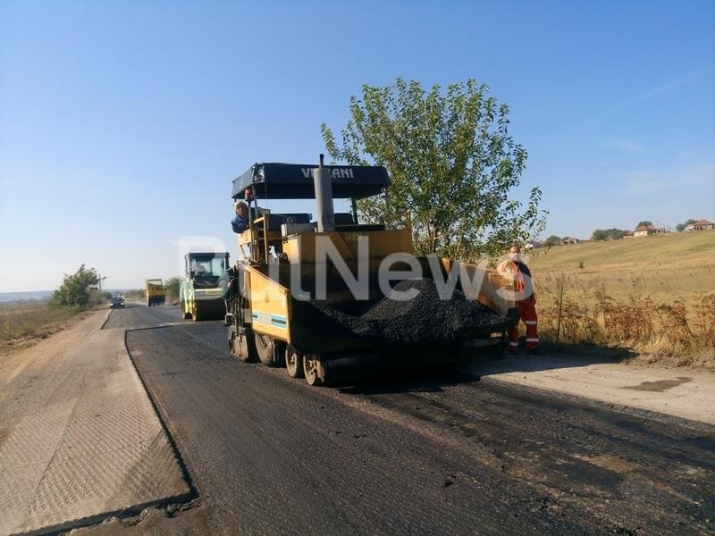 Наливат 7 млн. лева в асфалт във важен път във Врачанско /снимки/