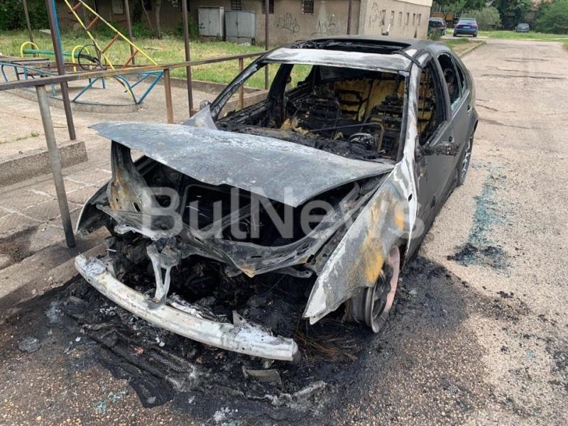 Драснаха клечката на кола във Враца, съобщиха от МВР. Случилото
