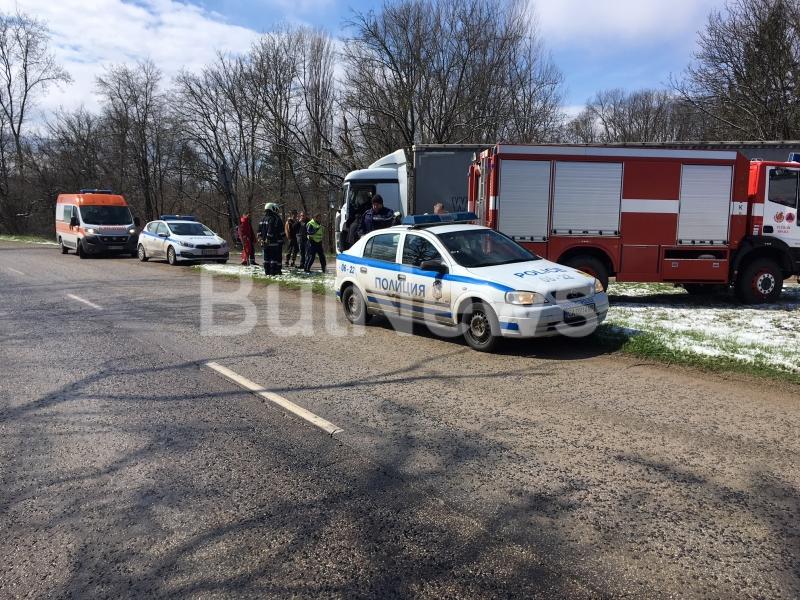 Тежка катастрофа е станала край Враца преди минути, видя първо