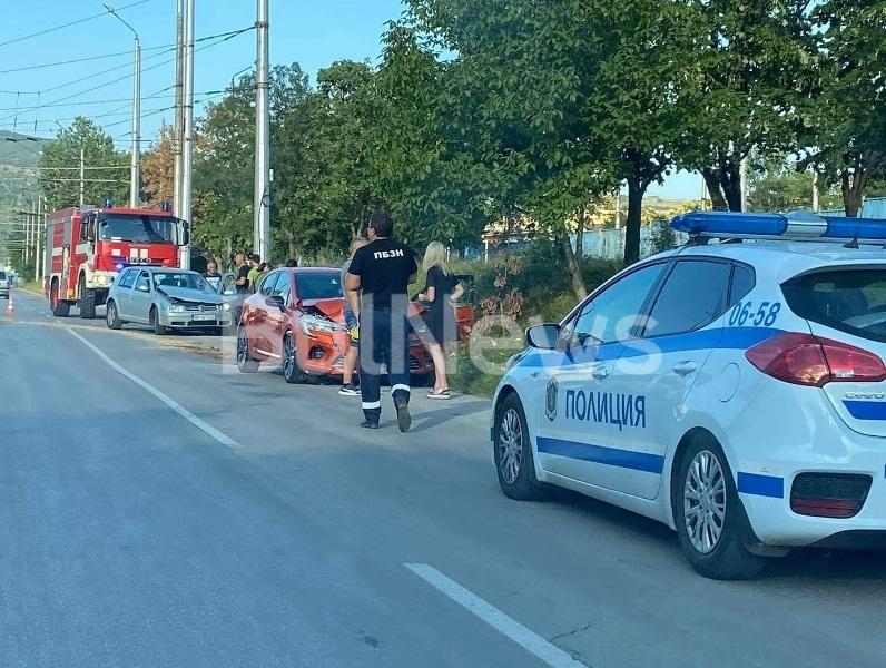Катастрофа е станала преди минути във Враца, видя само репортер