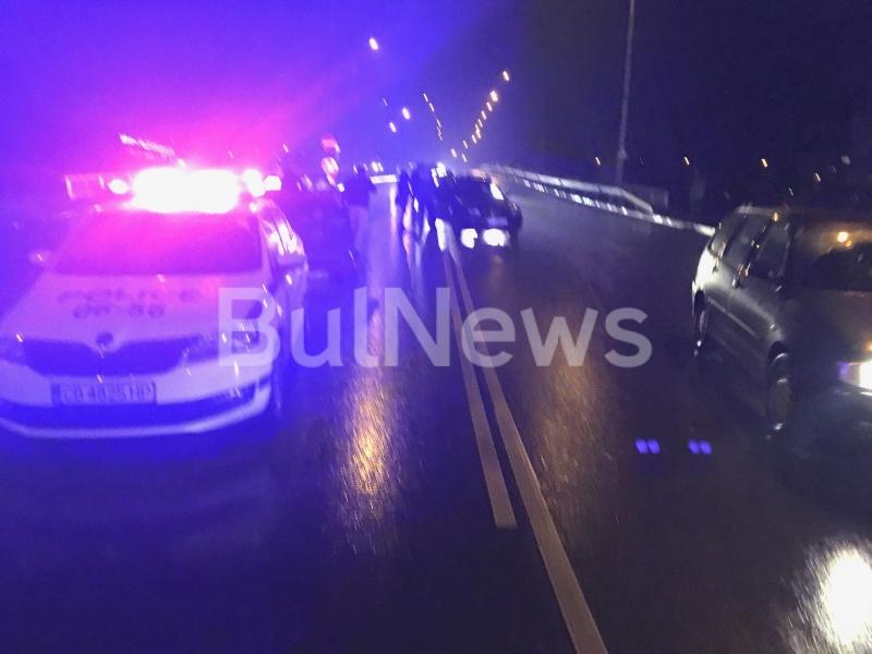 Снимка: Лудница! Нова катастрофа блокира трафика във Враца, опашките са огромни /снимки/