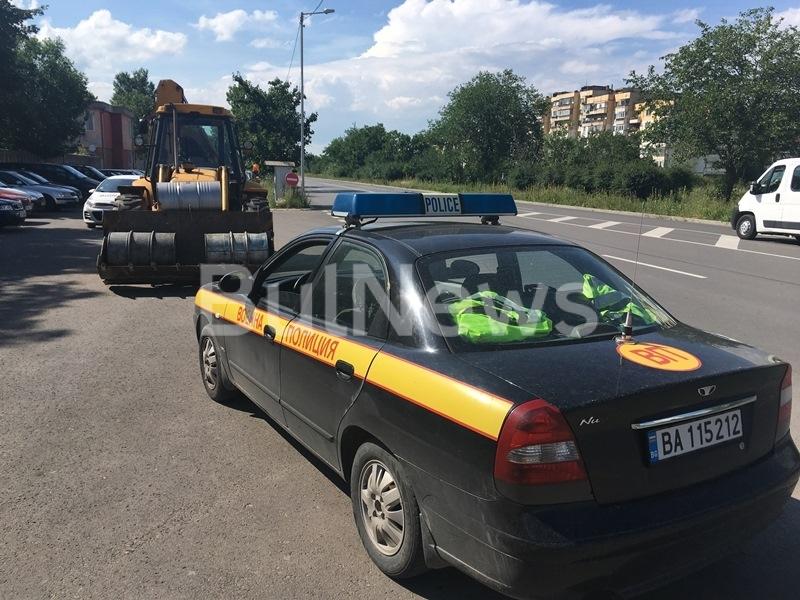 Два варела, пълни с дизелово гориво, са били изнесени незаконно